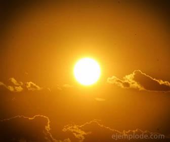 El sol se considera un recurso renovable y también inagotable