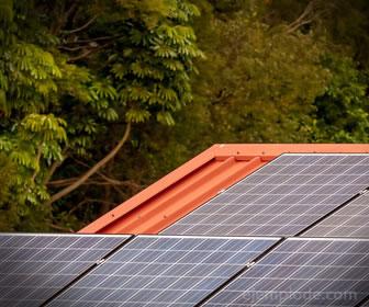 La energía solar se convierte en energía eléctrica