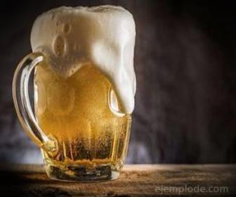 Segunda Ley de Newton en Tarro de Cerveza