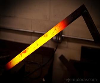 Conducción de calor en una barra metalica
