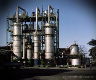 Ejemplo de Destilación Industrial