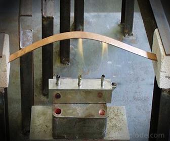 Barra metálica en dilatación por calentamiento