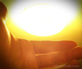La luz es una energía que puede iluminar