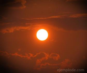 El sol se encuentra en estado plasma.
