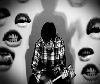 La Esquizofrenia viene acompañada de Alucinaciones auditivas