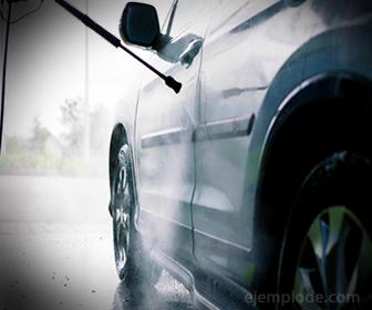 Ejemplo de uso del Bicarbonato, Lavado de automovil