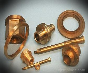 Piezas y Conectores de tubería fabricados en Bronce