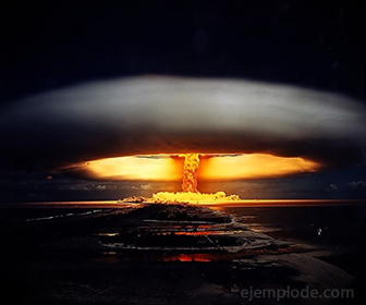 Devastacion por bomba atómica
