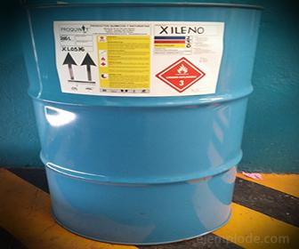 Xileno en contenedores de seguridad