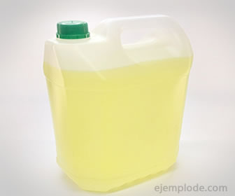 El cloro se usa para desinfección y limpieza.