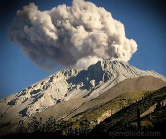 Hidrógeno componente de gases volcánicos