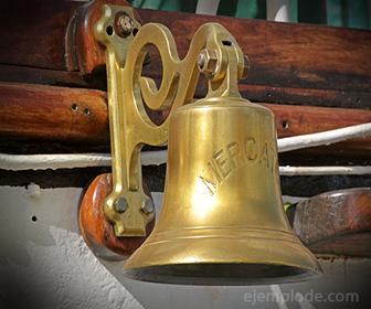 Las campanas se fabrican con una aleación de Cobre y Estaño