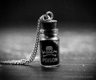 Frasco de sustancia venenosa