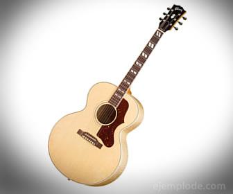 La guitarra es uno de los instrumentos compuestos, además tiene brazo.